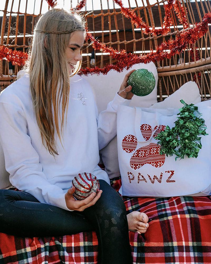 Pawz Knitted Star Pattern White Mystery Tote $80+ Value - Pawz