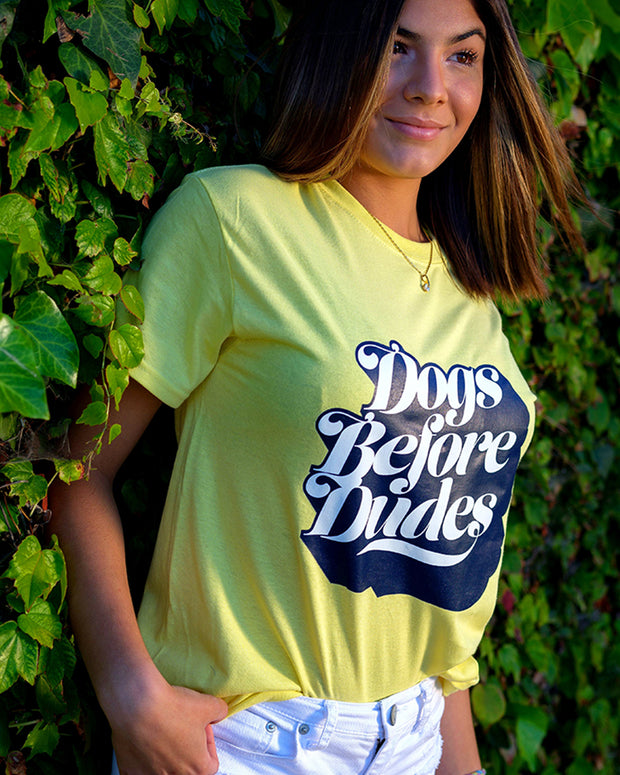 Yellow *Dogs Before Dudes* Tee - Pawz