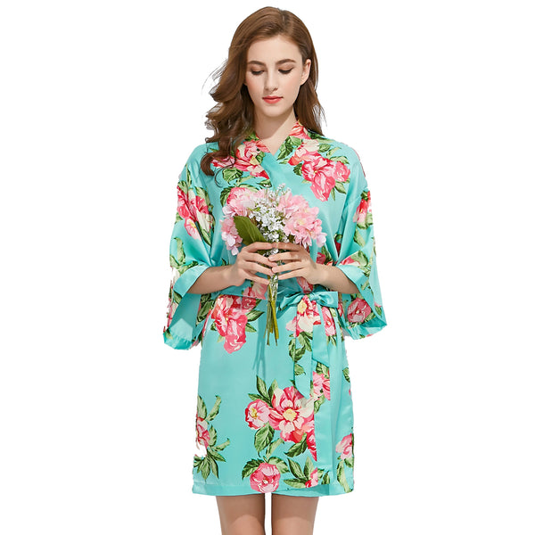 Mint Blossom Bridesmaid Robes + Complimentary Snapchat Geofilter