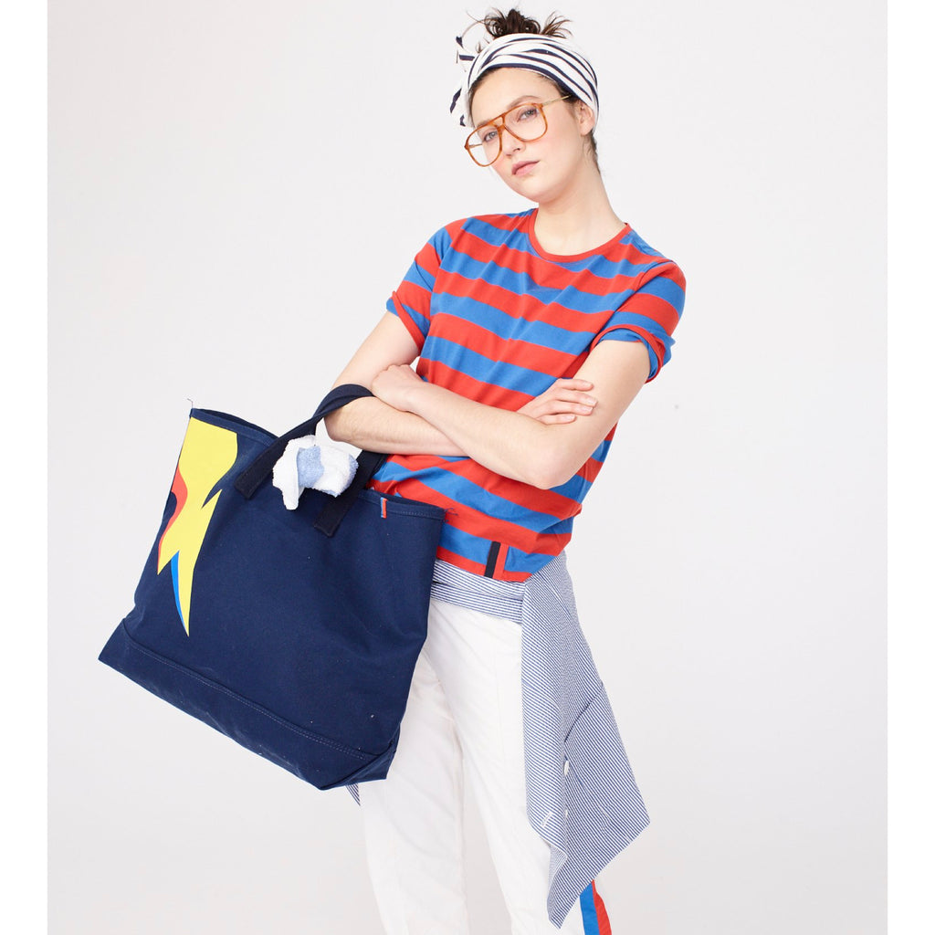 The Bolt Tote - Navy on model