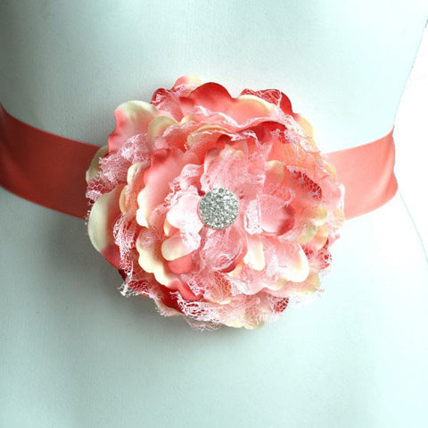 Maternity Flower Sash | Shades of Peach