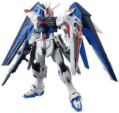 "Bandai Hobby MG Freedom Gundam Version 2.0 ""Gundam Seed"" Building Kit 1/100"