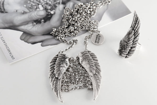 Angel Limited Edition Set - Necklace & Ring