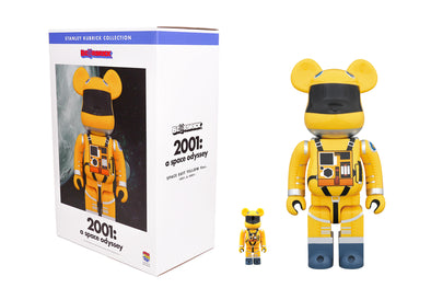 Medicom Toy 100% + 400% Bearbrick - 2001: A Space Odyssey Space Suit (Yellow) Be@rbrick