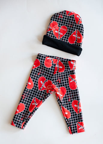 RTS Broken Love / Hate Hearts Beanie and Leggings set - Size 0-6m