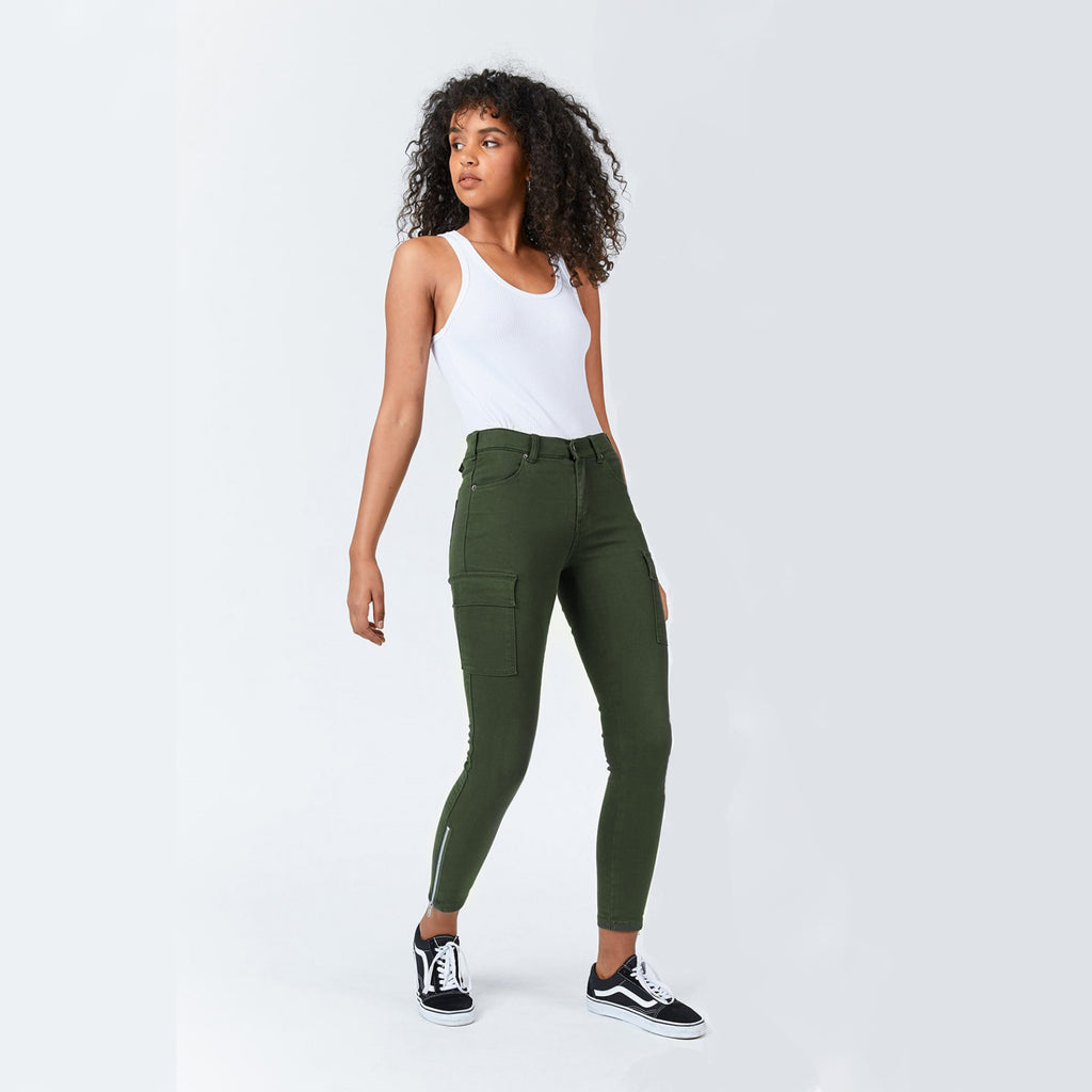 Girl wearing Dezie by Dr Denim in Riot Green