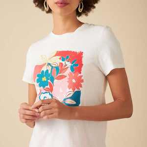 Woman wearing Asilah print Tee by Emily and Fin