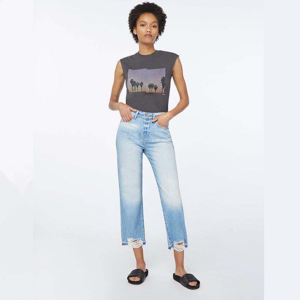 Woman wearing the Hollywood Crop Jean by Frame