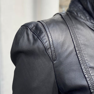 Ruci leather jacket by MDK, shoulder detail