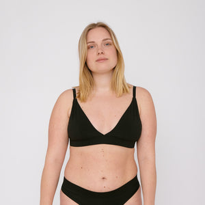 Laine wears the Triangle Organic Cotton bra by Organic Basics