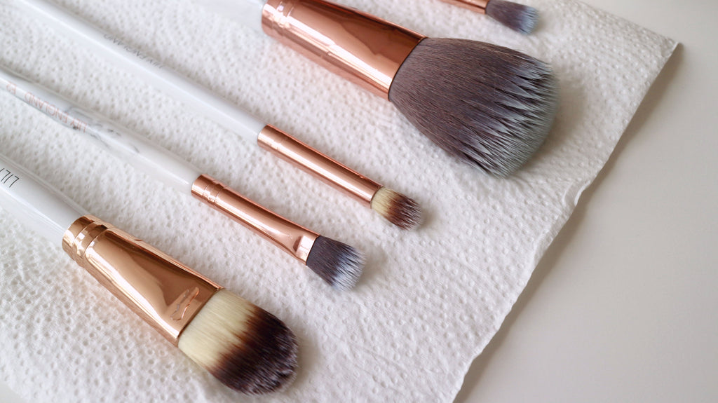 how to deep clean makeup brushes properly