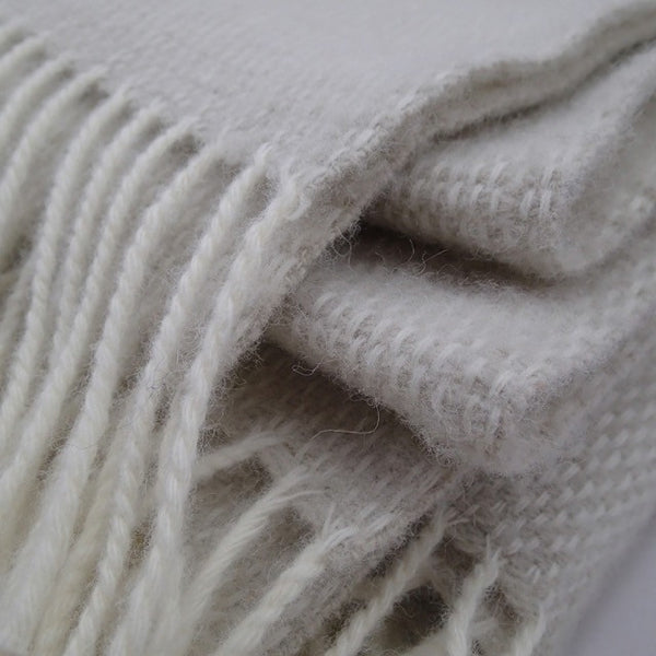 Luxury Beige and White Lambswool Throw