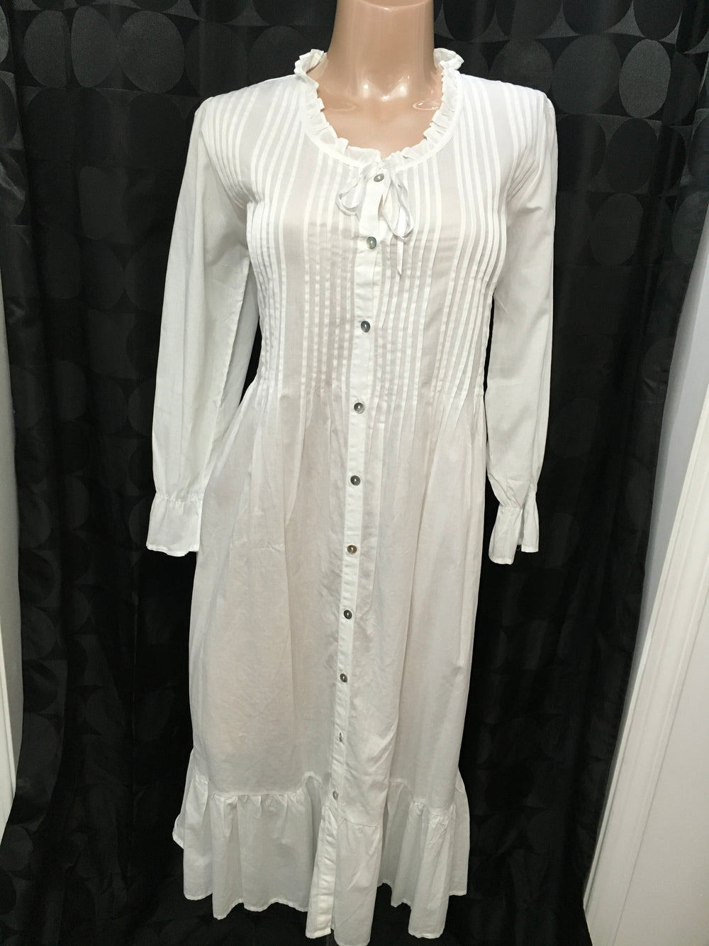 Victoriana Pleated Front Cotton Gown