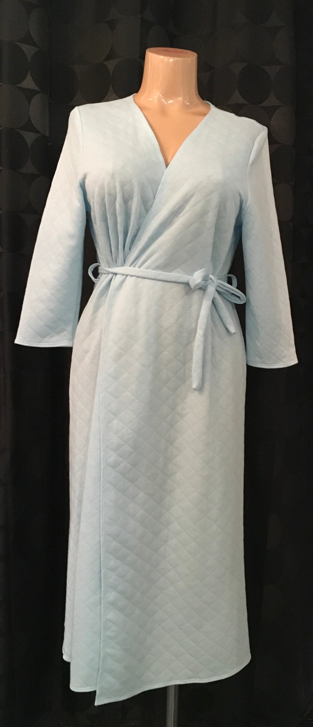 Quilted Robe - Size Small