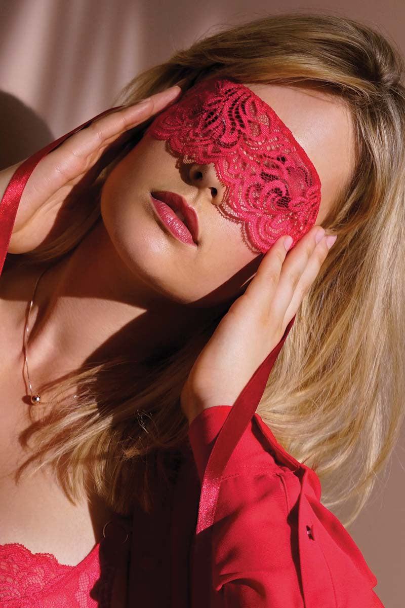 Tendre Capture  Eye Mask