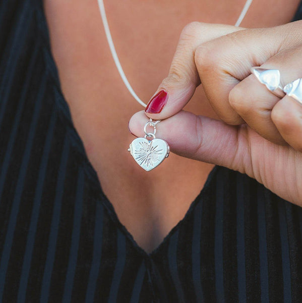 Vintage Heart Locket Necklace - Silver