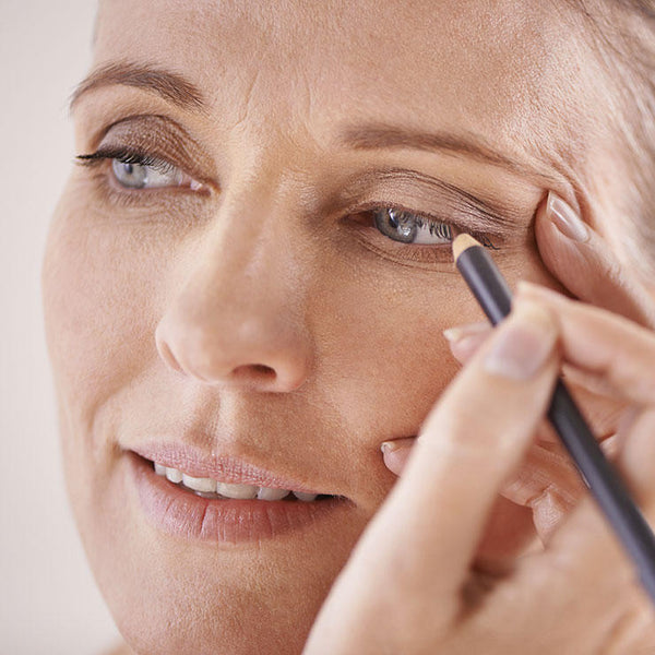 6 Makeup Tips For Women Over 40