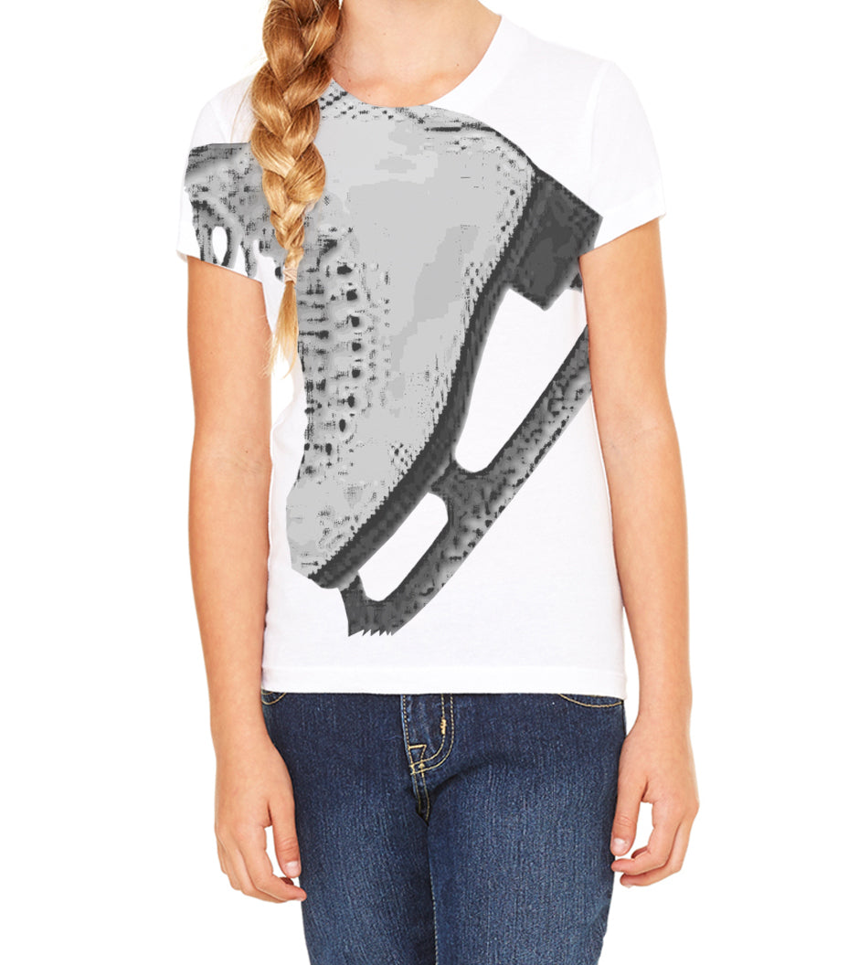 Junior Moves in the Field Graphic Tee (Women)