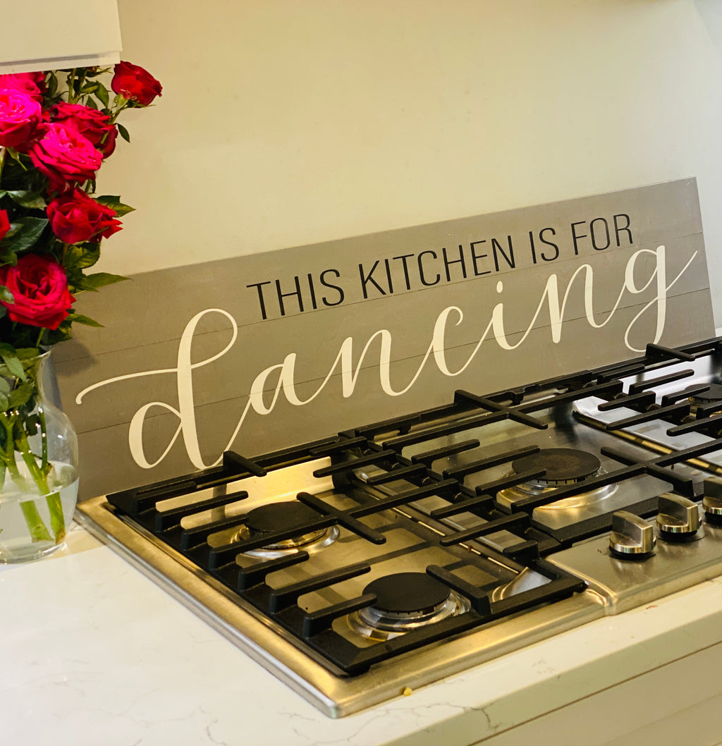 This kitchen is for Dancing: Plank Design