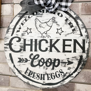 Welcome to the Chicken Coop: DOOR HANGER DESIGN