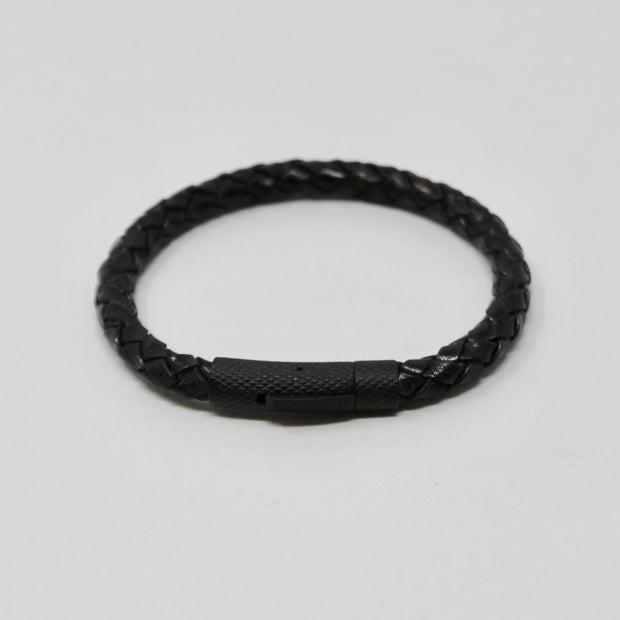 Stelck Leather Strap • Black Clasp