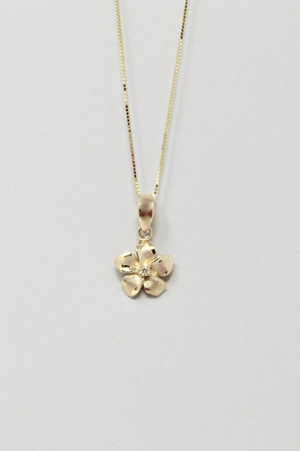 Plumeria Lane Necklace