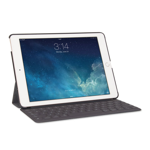 iPad Pro 9.7 MagConnect with Apple Smart Keyboard
