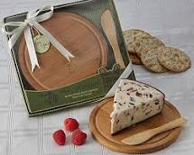 La Fromagerie' Cheese Board & Spreader