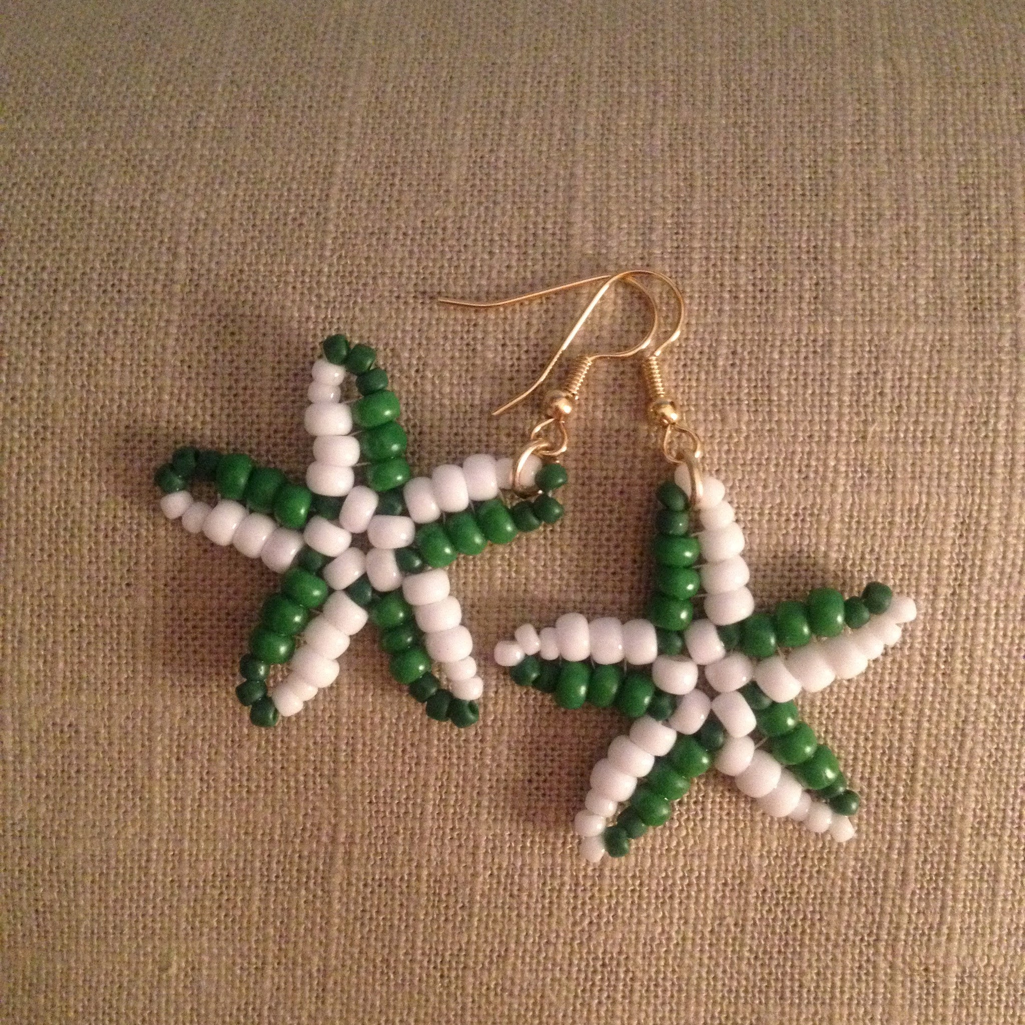 Starfish beaded hand made earrings kelly green white resort cruise wear beachy fun