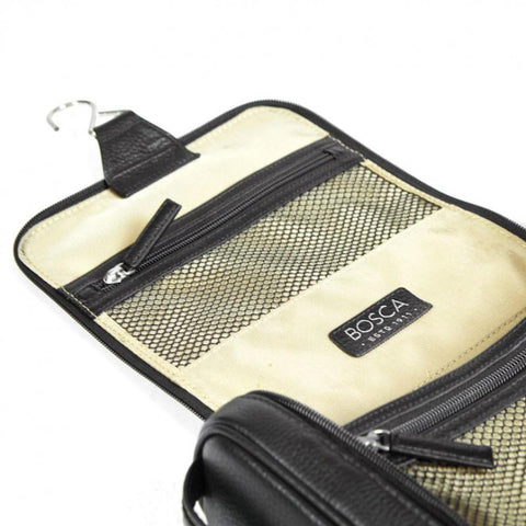 Black Tribeca Hanging Travel Dopp Kit