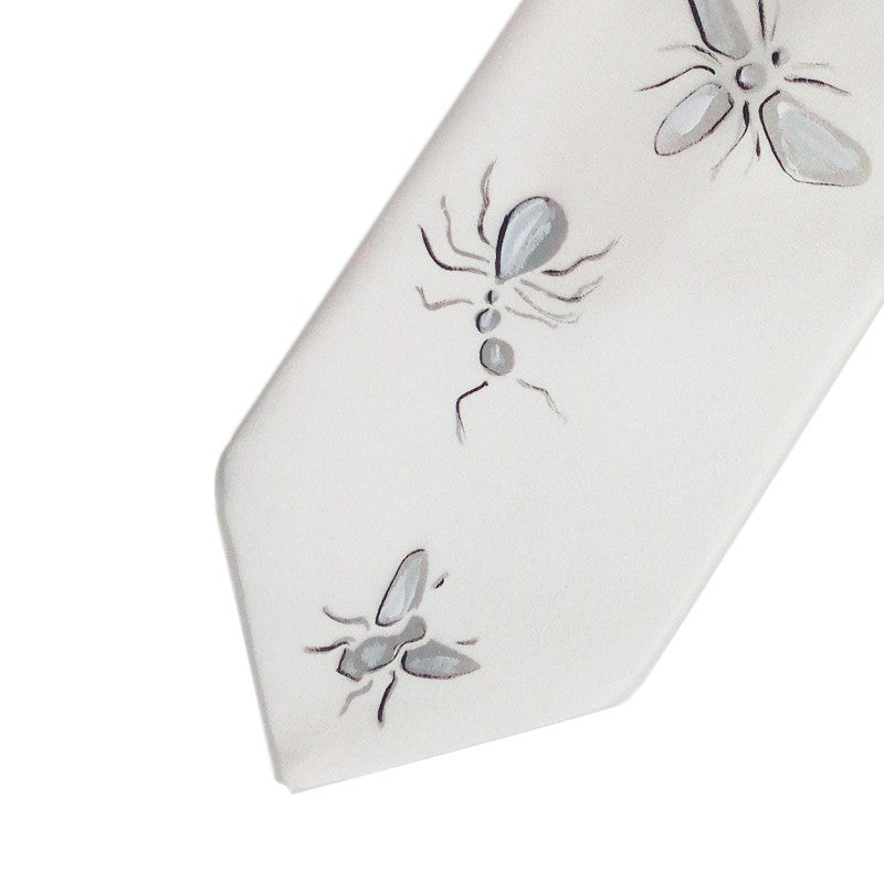 Hand painted white silk sartorial necktie, insects decoration 18007-01 Dip3