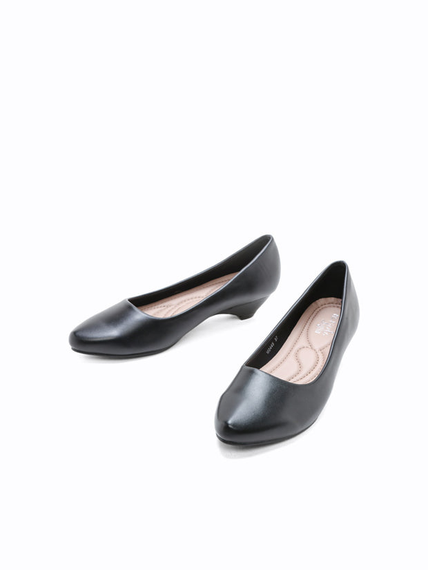 M-0445 Heel Pumps