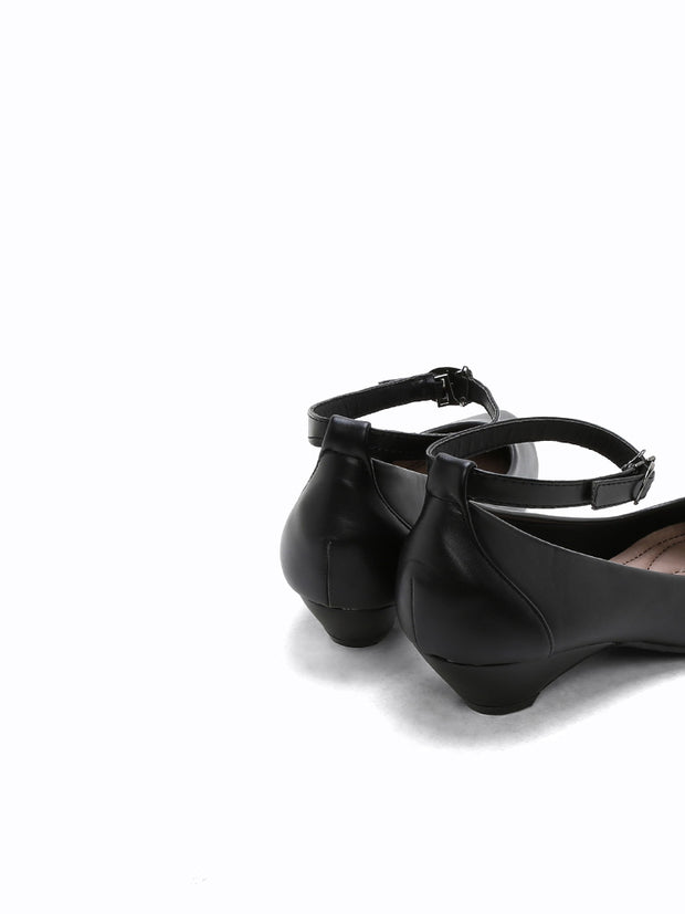 M-0452-A Heel Pumps