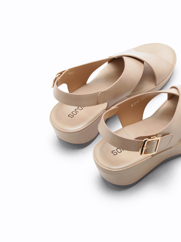 R-1747 Wedge Sandals