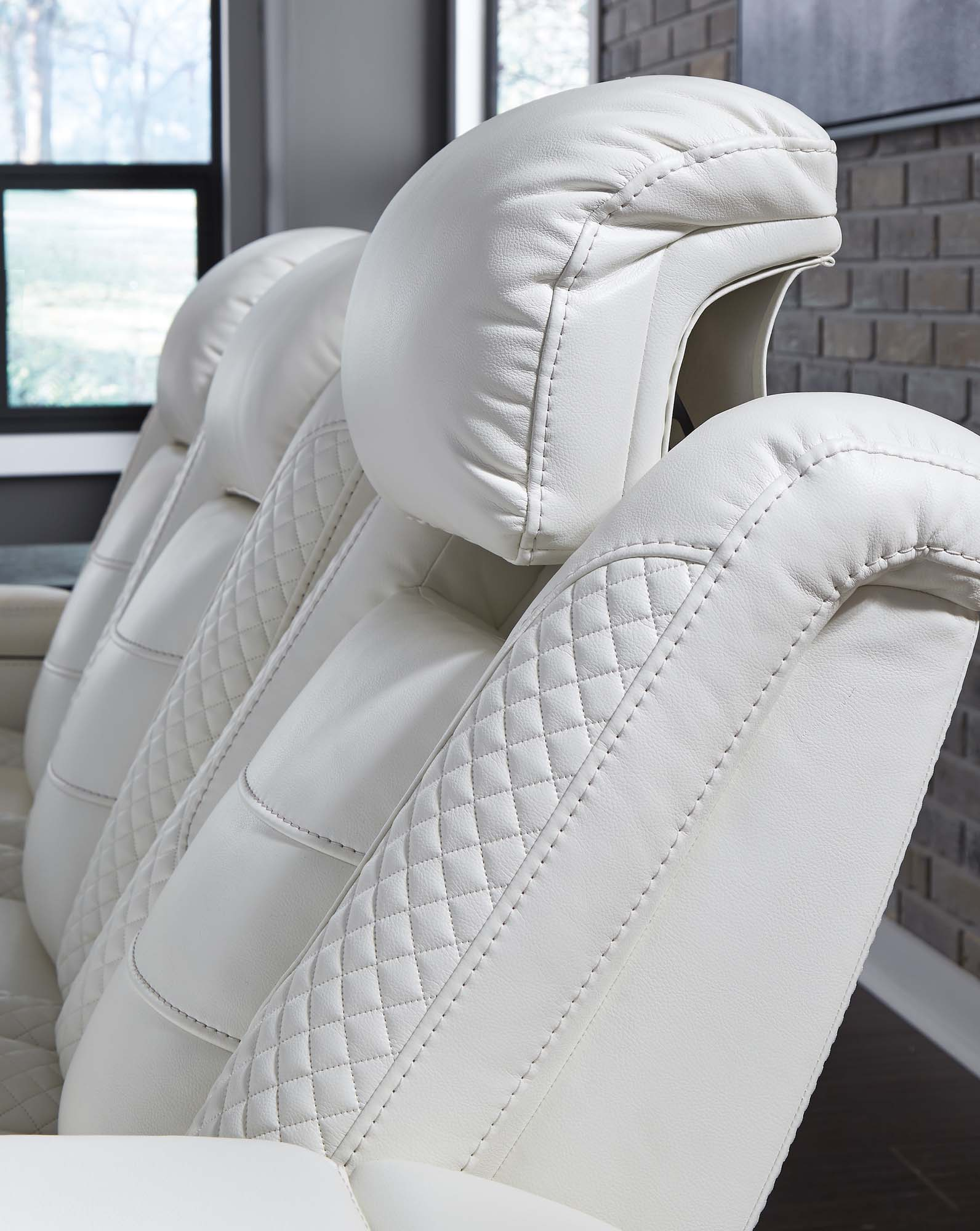 Party Time White Power Recliner Chair w/Adjustable Headrest - MJM Furniture