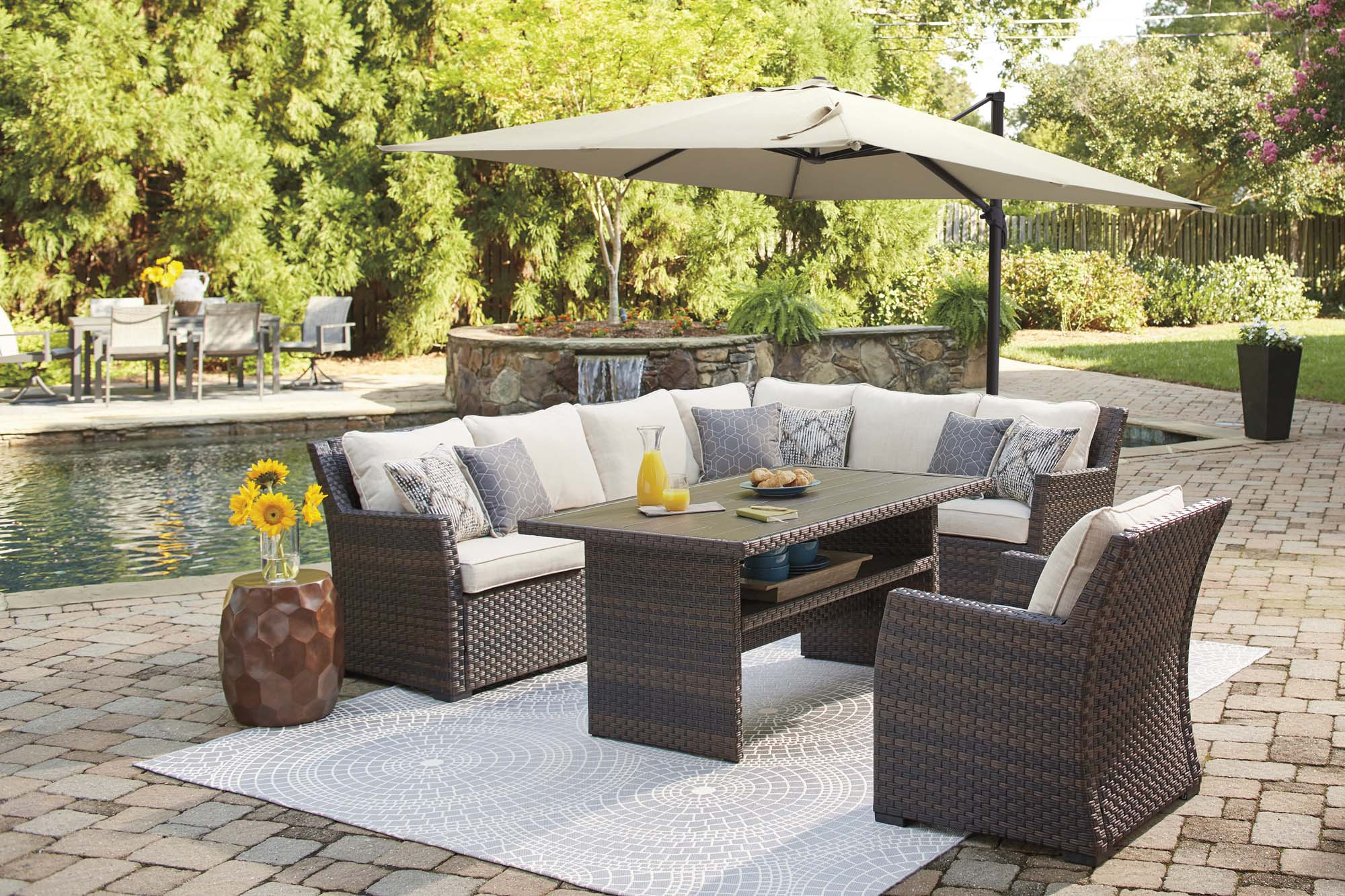 Easy Isle Outdoor 3 Piece Sectional Set w/Cushion - MJM Furniture