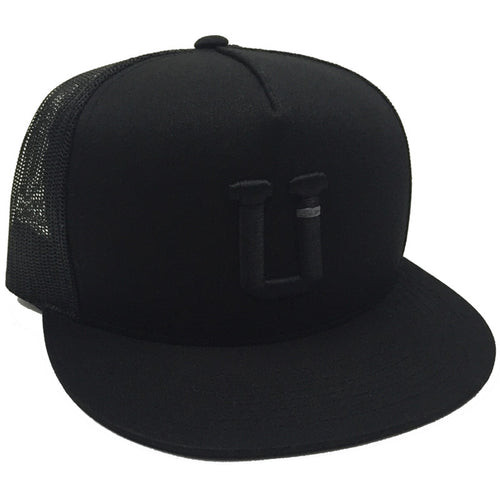 UPTOP SOLO BLACKOUT TRUCKER HAT