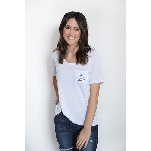 UPTOP PYRAMID FLOWY POCKET TEE