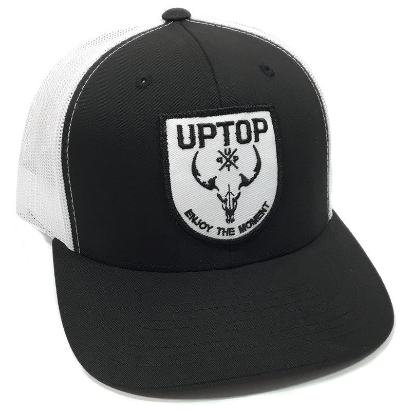d989e540315 UPTOP WESTERN SKULL RETRO TRUCKER HAT (PRE-CURVED BILL)