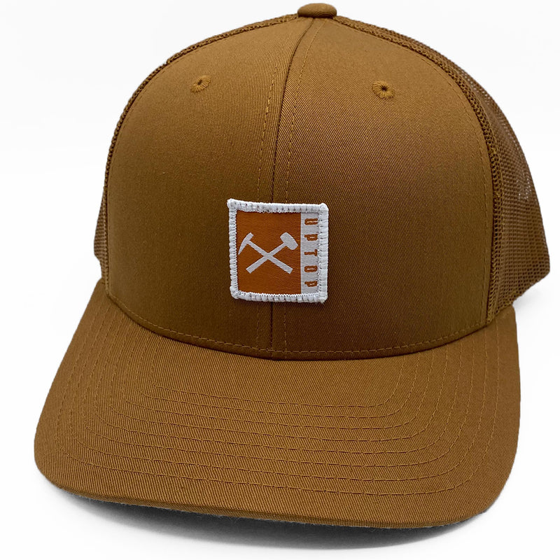 UPTOP // MONTANA TECH SIMPLE RETRO TRUCKER HAT