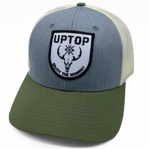 UPTOP WESTERN SKULL LOW PROFILE TRUCKER HAT