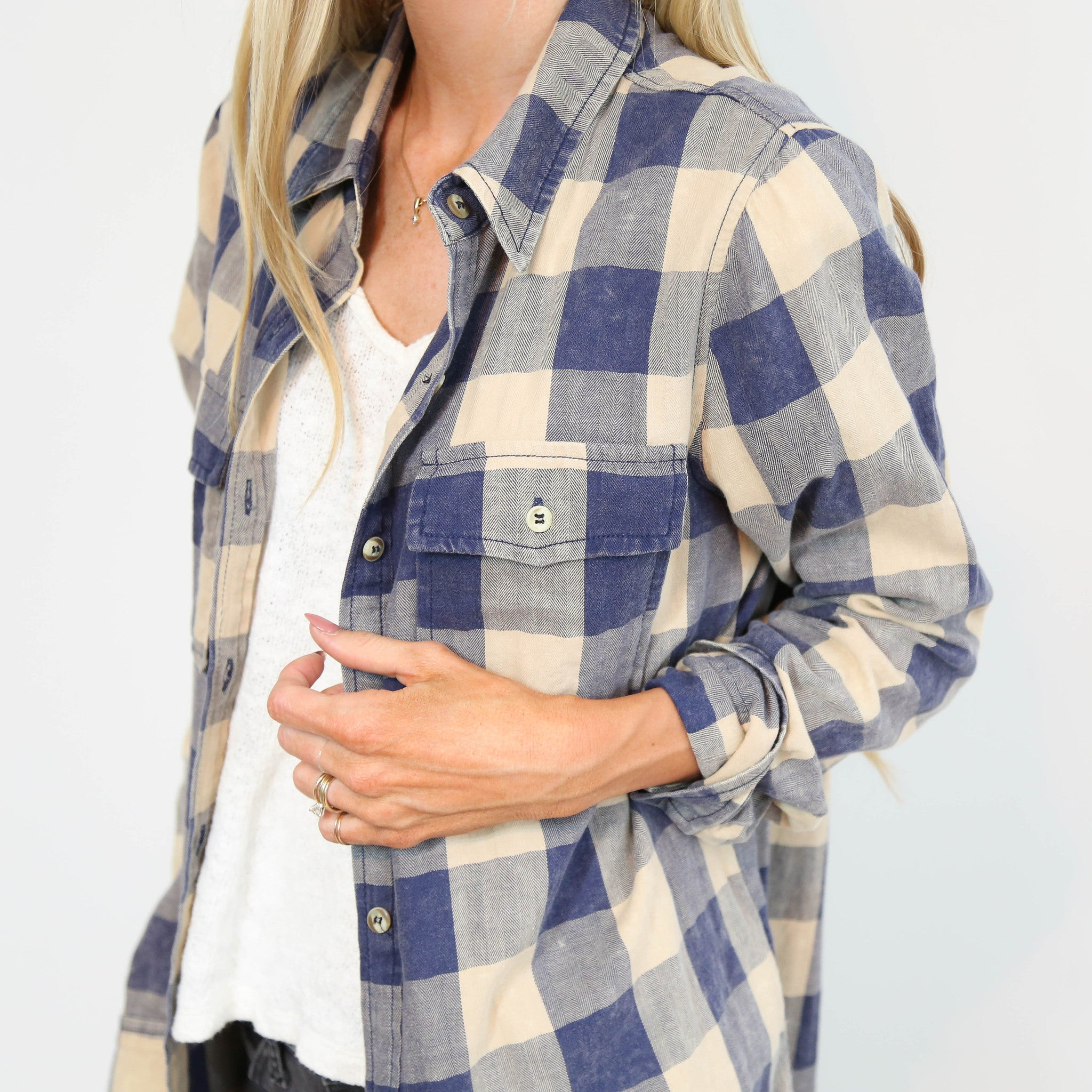 Ceri Worn Plaid in Taupe