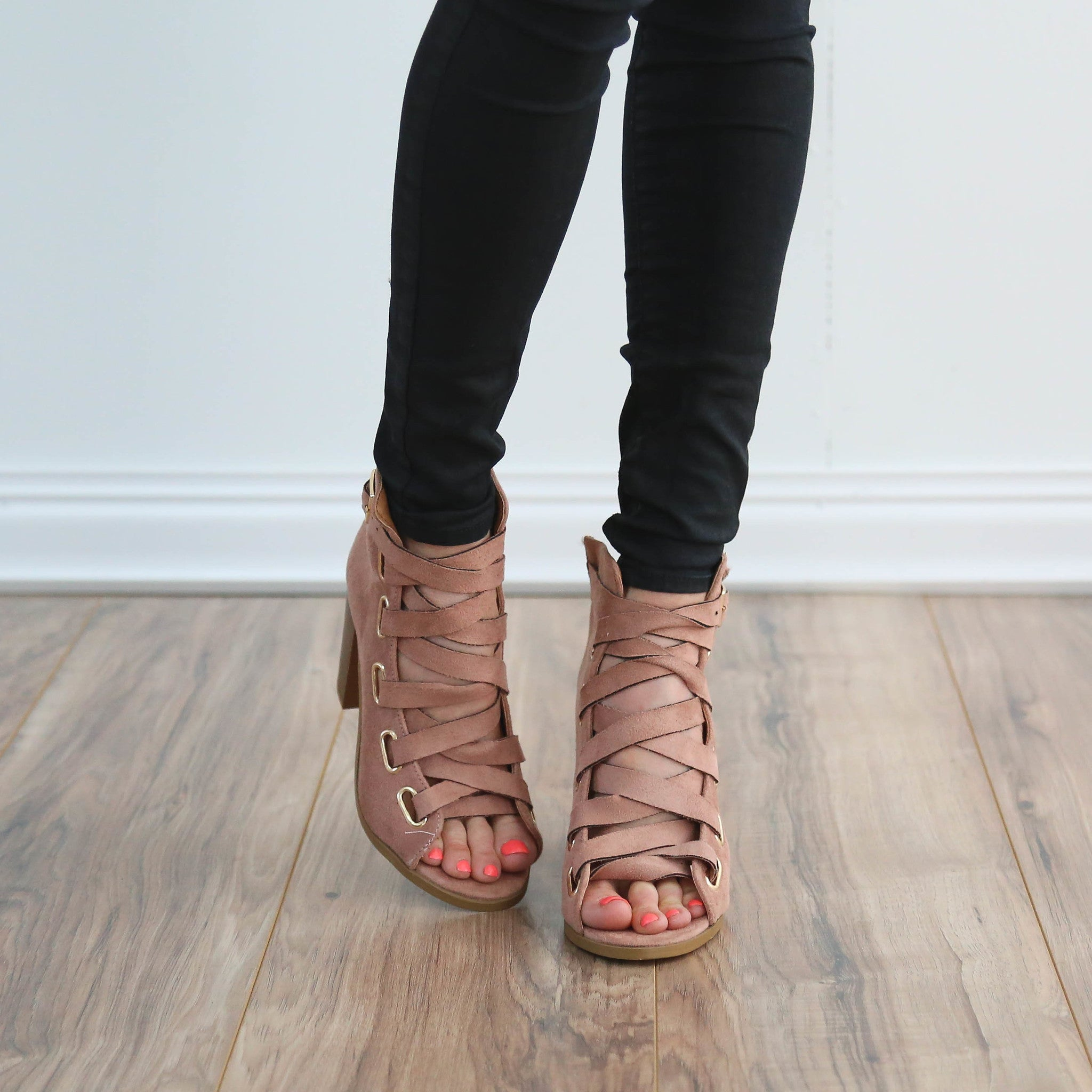 Harper Lace Up Heel in Mauve