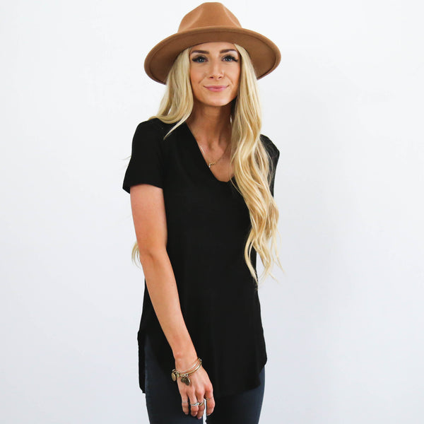 Simply Black V-Neck