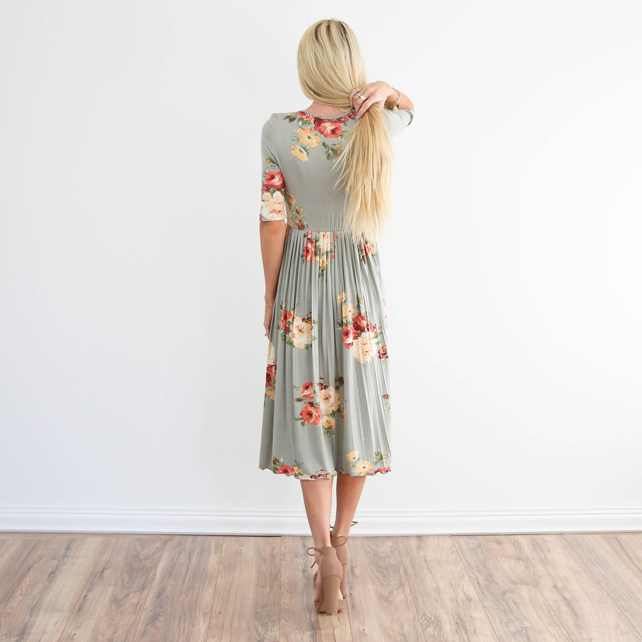 Solana Floral Pleated Dress