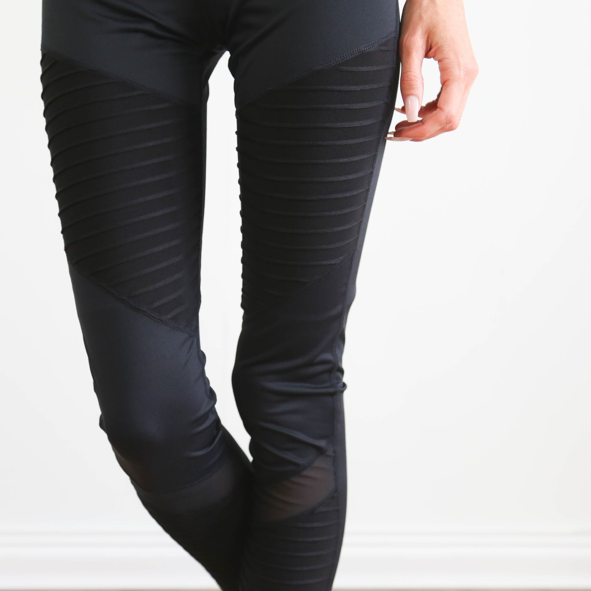 Motto Detail Legging