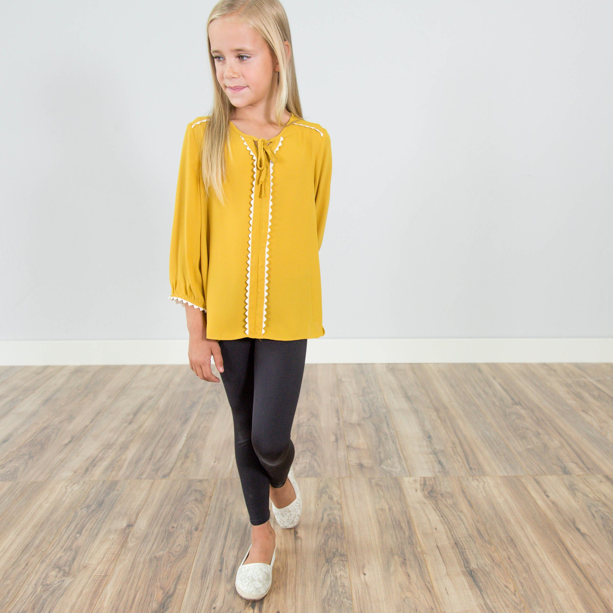 Evelyn Top in Mustard