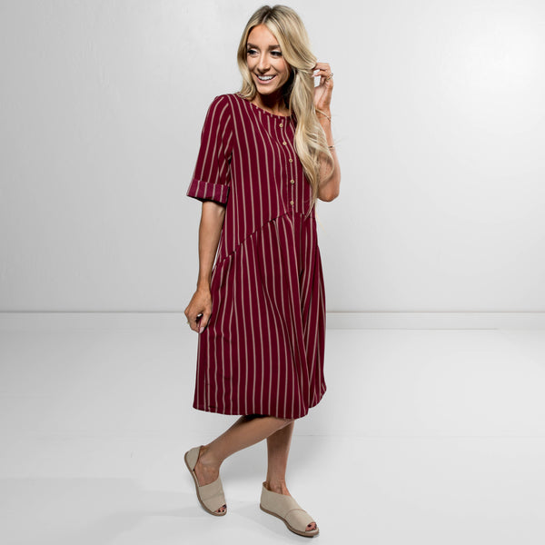 Sydnie Babydoll Dress in Wine