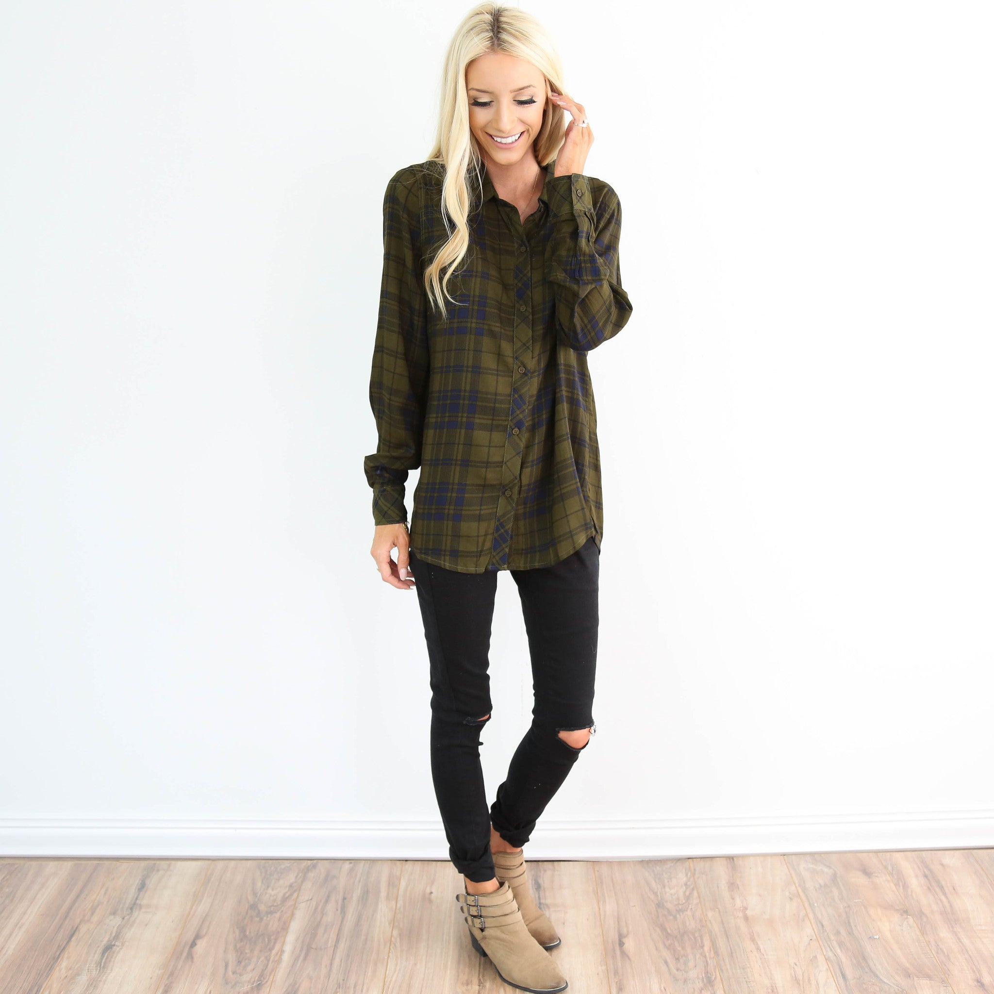 Sherwood Plaid Top in Olive