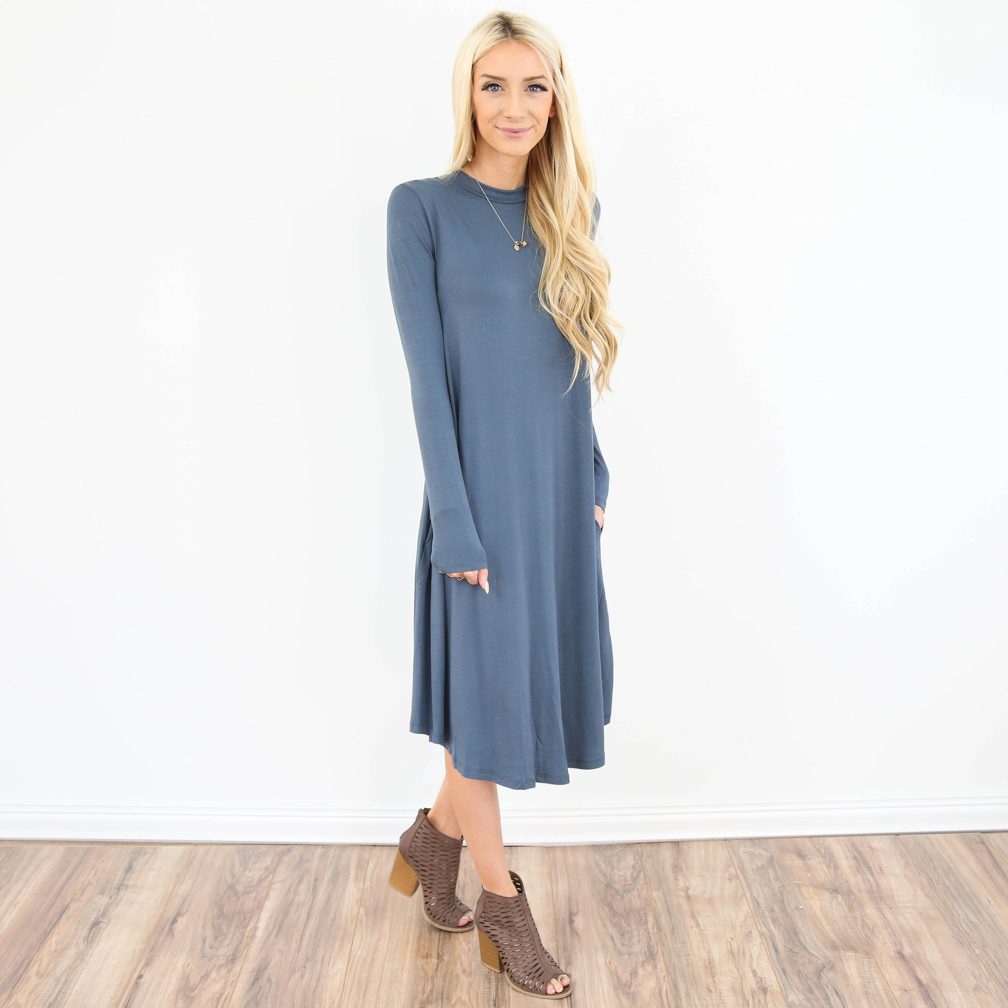 Deedee Longsleeve Midi Dress in Dust Blue